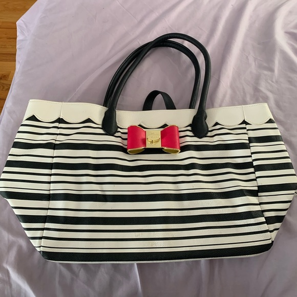 Betsey Johnson Handbags - Betsey Johnson Tote Bag